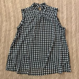 ⭐️3/$25⭐️ Who What Wear gingham check top